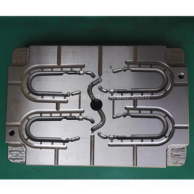 Hook Clip Injection Mold Makers